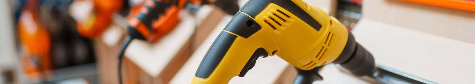 Hand Tools vs Power Tools: The Pros and Cons Of Hand Tools